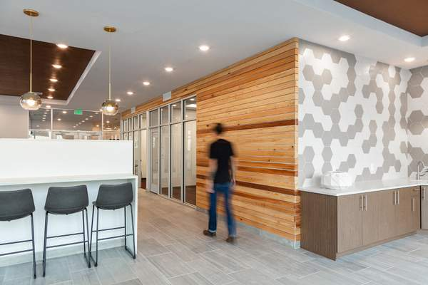 Leasing Office Lobby – Milagro Apartments