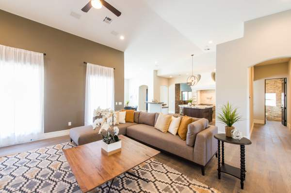Chandler Custom Home Build This is a Gorgeous 6 bed 5.5 bath Family home or an Entertainers Dream, enjoy some of the many features, Horse Property, Win