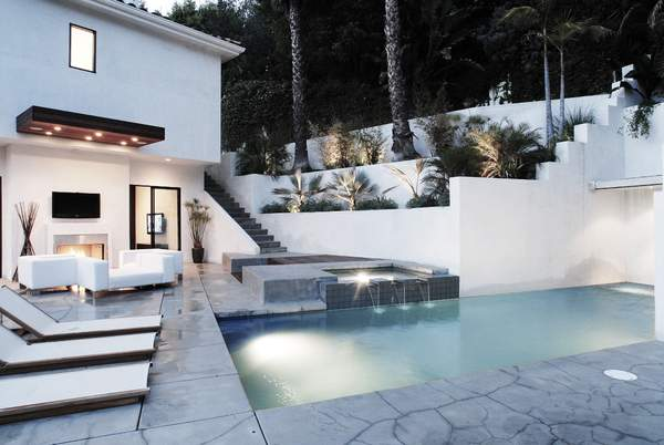 RDC | residential RDC | private residence | date: 2008 | city: beverly hills, ca | category: built | mode: interior & exterior remodel | type: resident