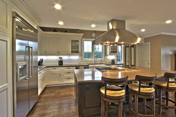 Kitchens Gallery of our kitchen remodels around the greater Los Angeles Area. We service West Los Angeles, West Hollywood, Hollywood, Marina Del Rey, S