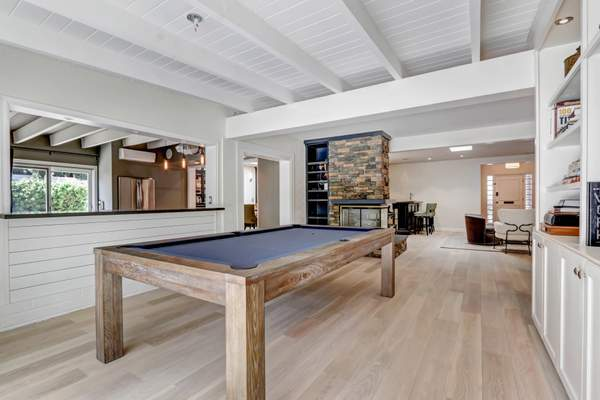 Burbank - Complete Remodel Complete remodel for a 3500 sqft house. Including opening loadbearing walls between kitchen to dining room, new counters, c