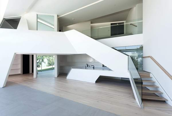 MUK | residential MUK | private residence | date: 2016 | location: hollywood hills | city: los angeles, ca | category: built | mode: ground-up construc