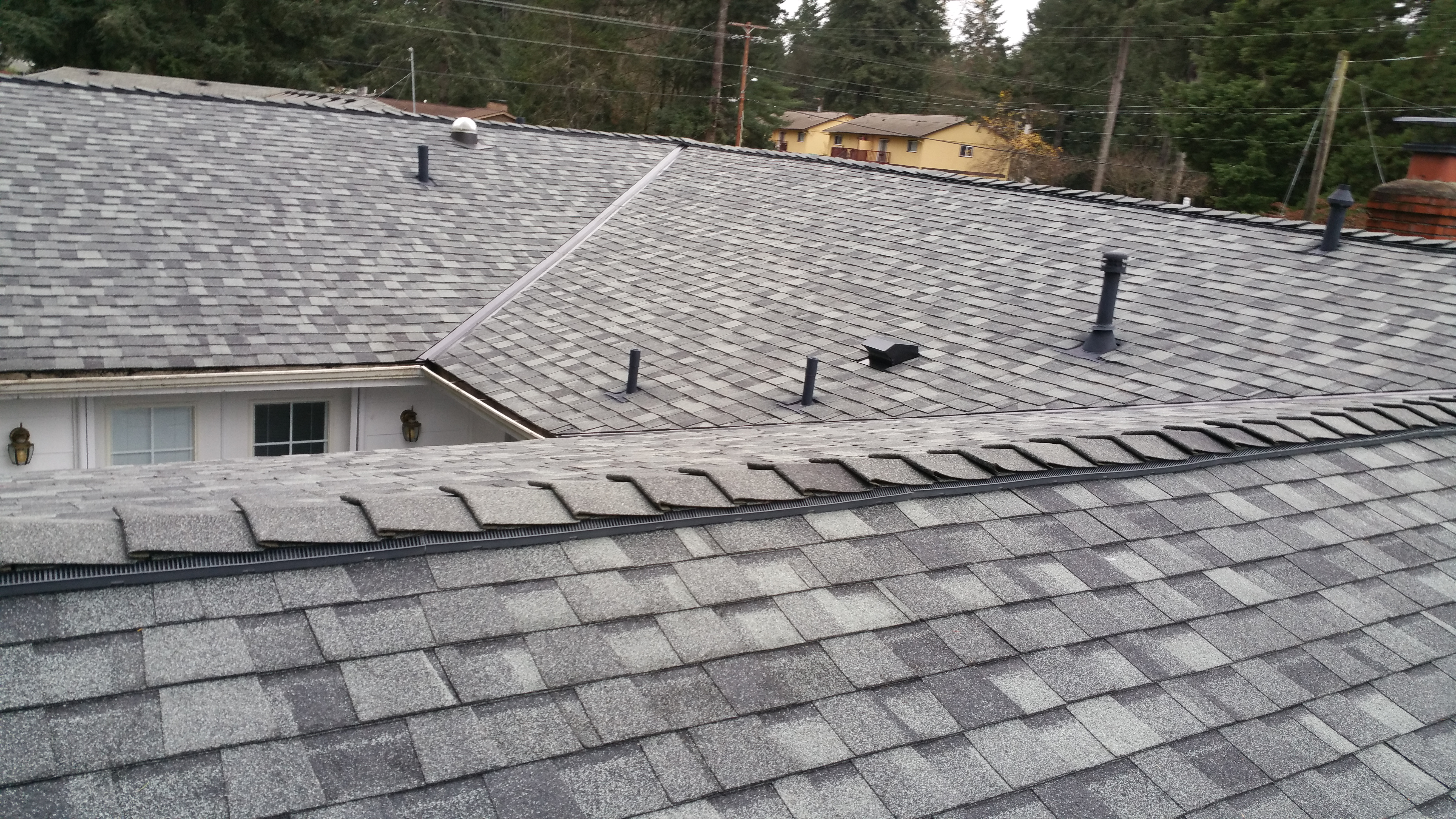 Mcs Roofing Amp New Skylights Up Close Next To Each Other